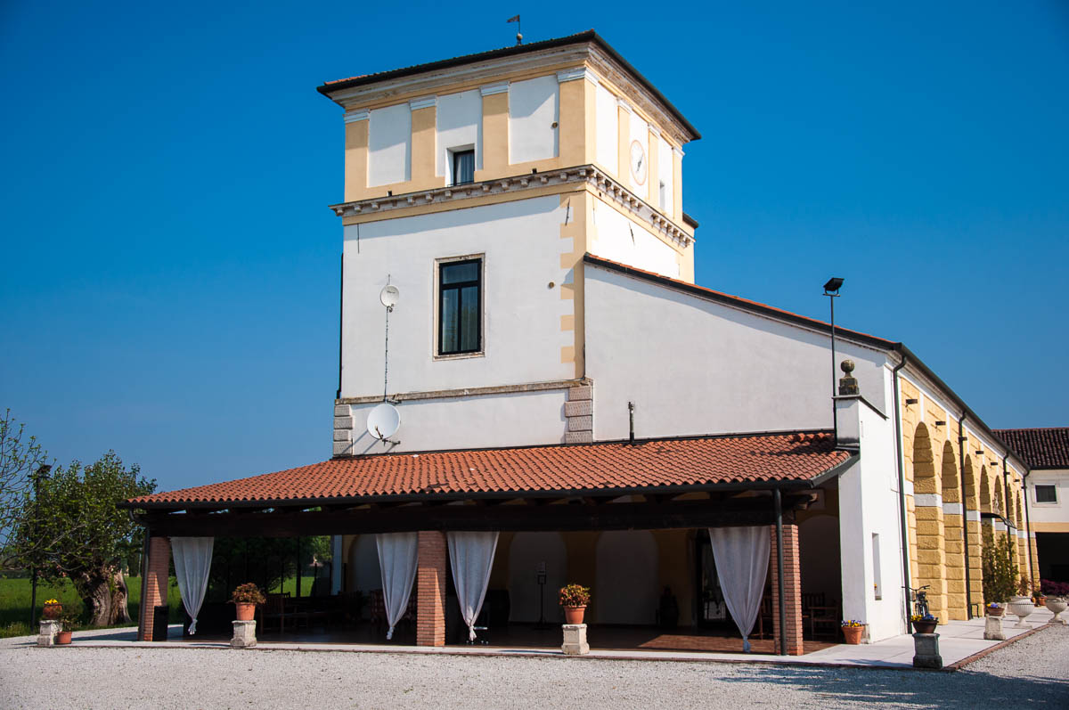 A side view of the main building with the breakfast area, Ca Beregana - Vicenza, Veneto, Italy - ©Rossi Writes (author) and ©Italy by US
