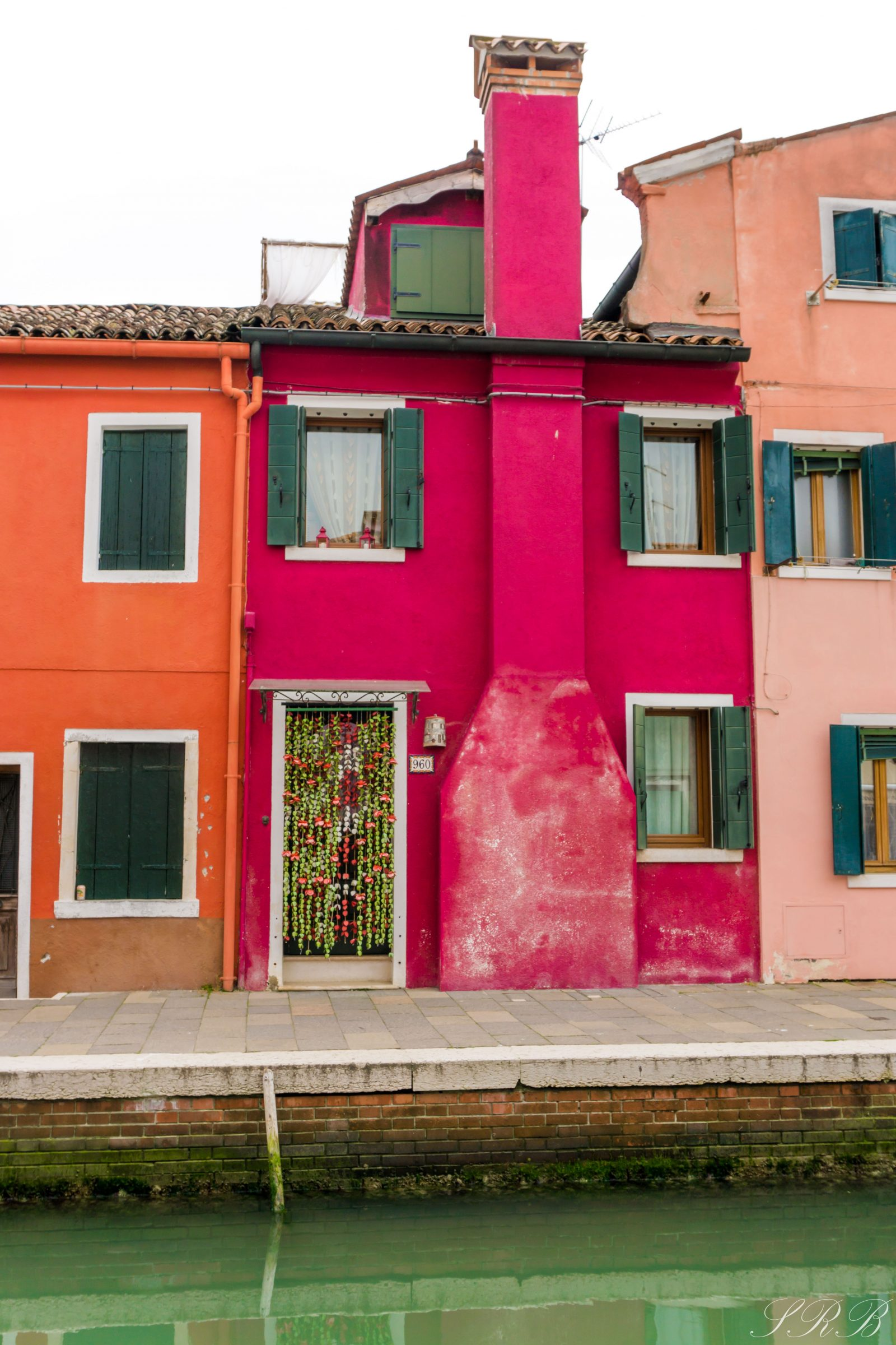 how to get from vicenza to venice, murano & burano -- outside this small town