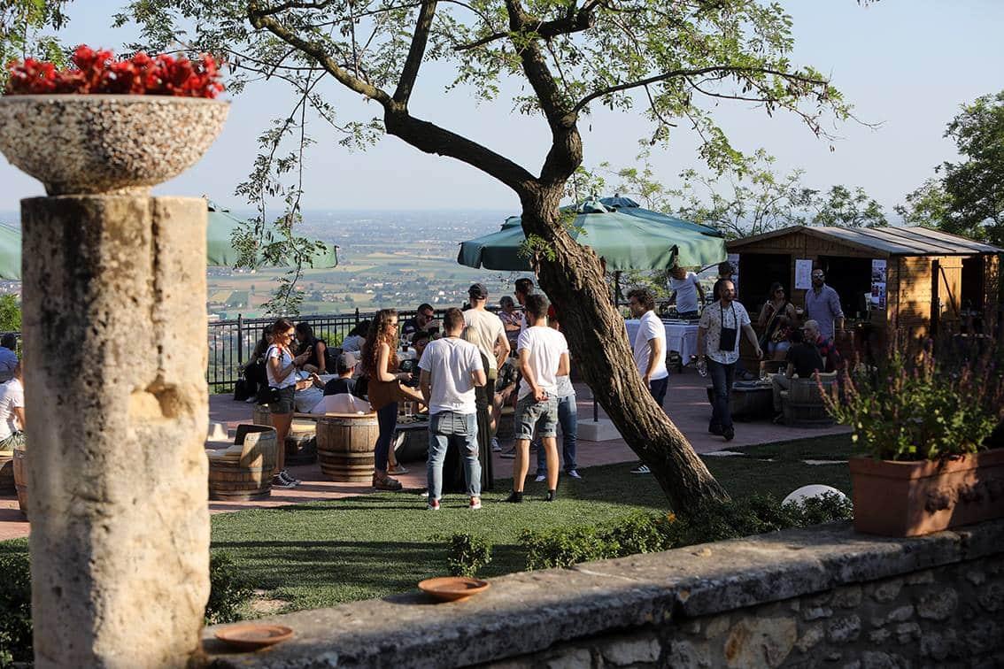 CANTINE APERTE Winery Party at Da Sagraro in Mossano