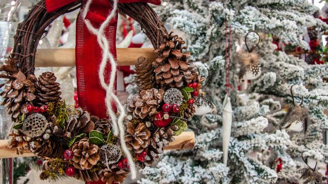 De Antoni Garden – The Full Answer to Your Christmas Decoration Needs