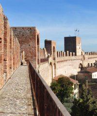 Parapet walkway above Cittadella's medieval walls